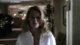 Jeri Ryan beautiful blonde exposes her body