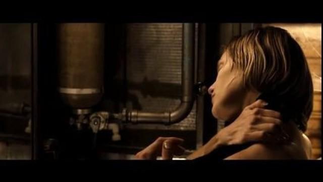 Insatiable Woman Katee Sackhoff Nude in Riddick