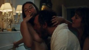 Passionate Woman Camille Rowe Celebrity Porn Video