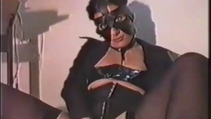 Masturbating With A Hard Mask On 4tube