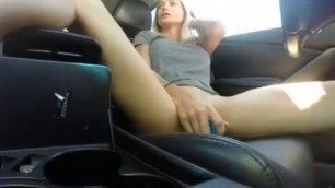 Drippy Girl In Car Xnxxx