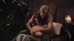 Natural boobs alyssa milano showing her nude body