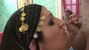 Mumbai Celebrity Porn Star Performs Perfect