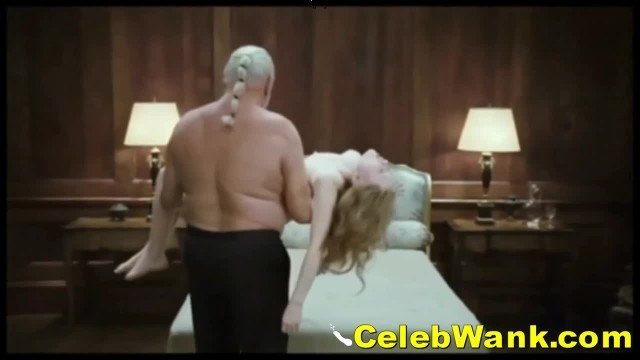 Nude Celebrities Emily Browning Showing Tits & Pussy