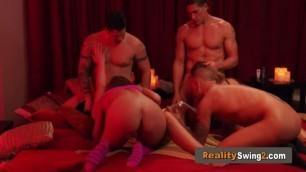 Married couple celebrates husband birthday with the hottest blowjob bash