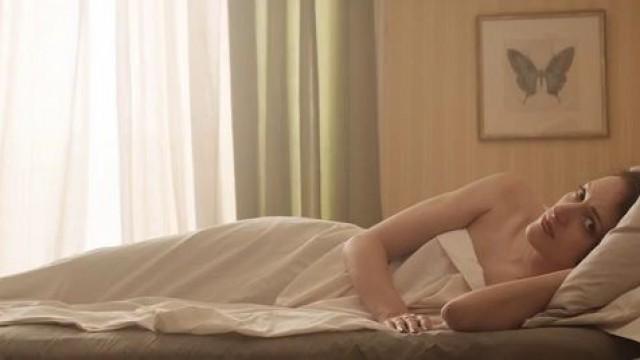 Phoebe Waller Bridge nude Sarah Daykin nude celebrities Fleabag s01e01 04 2016