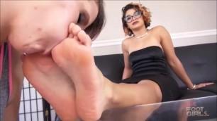 Sahrye & Lela 3 Lesbian Foot Worship