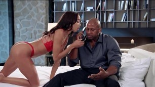 Latina Alexis Tae gets fucked by Prince Yahshua
